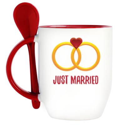 Кружка с ложкой Молодожены / Just married