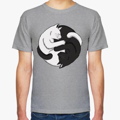 Футболка Черный и белый кот инь-ян