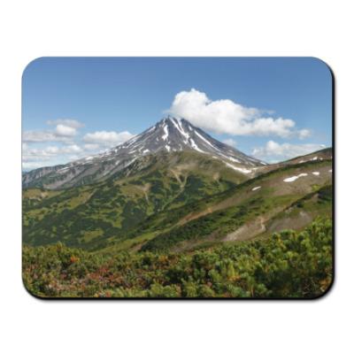 Коврик для мыши Пейзаж полуострова Камчатка: лето, вулкан и горы