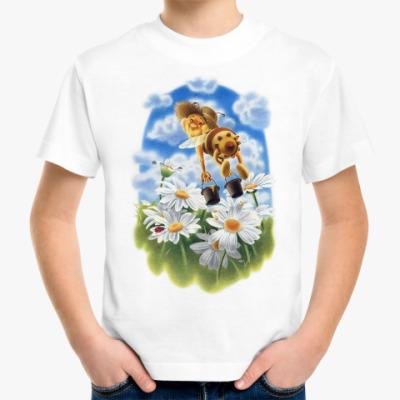 Детская футболка Пчёлка над ромашками