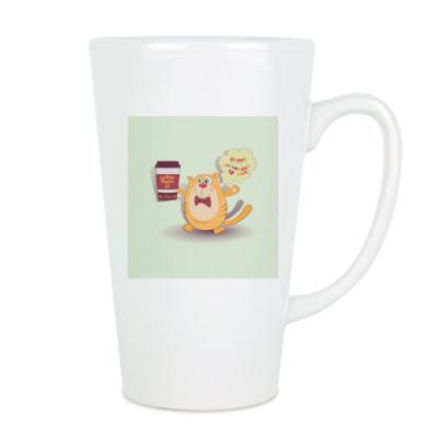 кот, держащий кофе