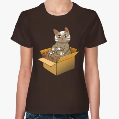 Женская футболка Кот в коробке