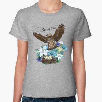 Женская футболка Далек и яички