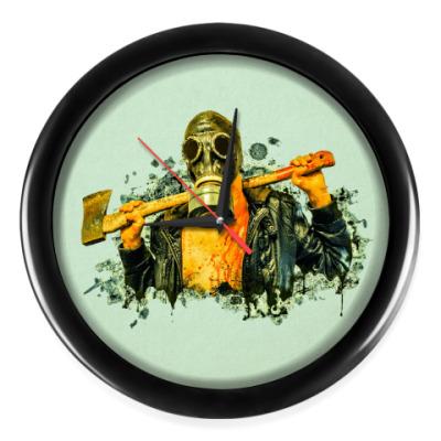 Настенные часы Zombie Killer