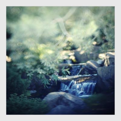Постер Маленький водопад