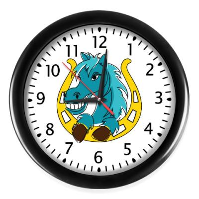 Настенные часы Лошадь и подкова