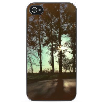 Чехол для iPhone Закат в лесу