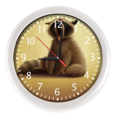 Настенные часы Сонный енотик