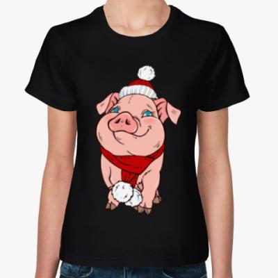 Женская футболка Новогодняя свинка в шапочке