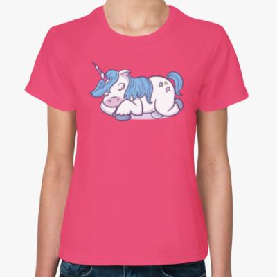 Женская футболка Sleeping Unicorn