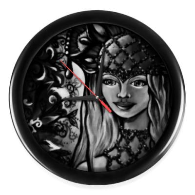Настенные часы Принцесса Янтарная