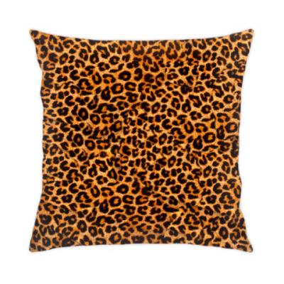 Подушка леопардовый узор