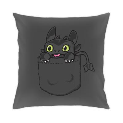 Подушка Ночная Фурия в кармане