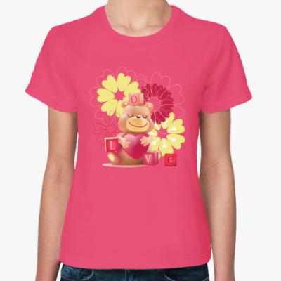 Женская футболка Влюбленный медведь