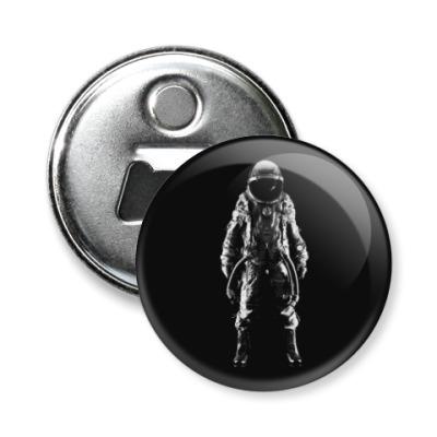 Магнит-открывашка Космонавт
