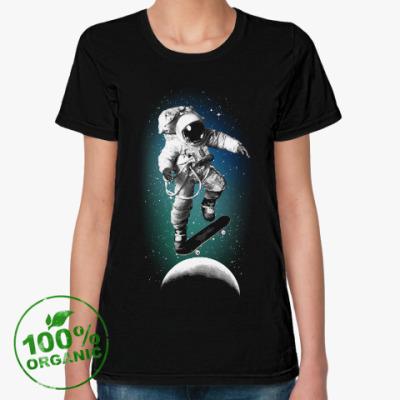 Женская футболка из органик-хлопка Astronaut on skateboard