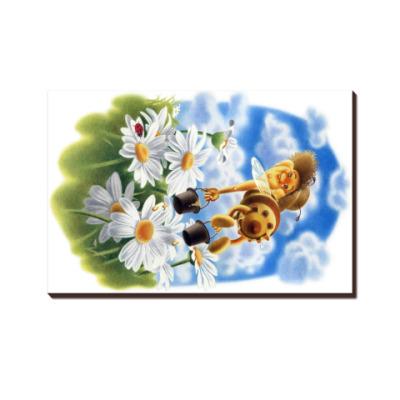 Пчёлка над ромашками