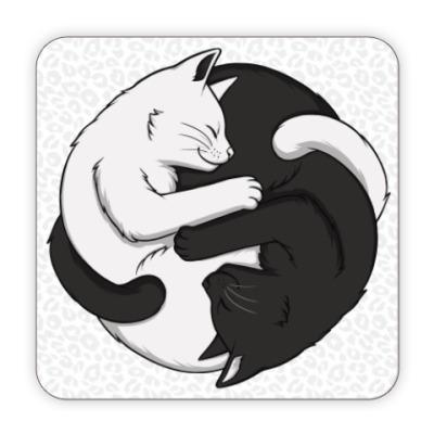 Костер (подставка под кружку) Черный и белый кот инь-ян