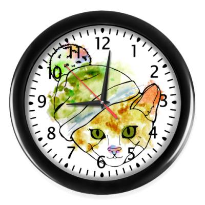 Настенные часы Кот в шапке