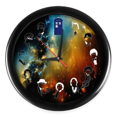 Настенные часы Доктор Кто и Тардис