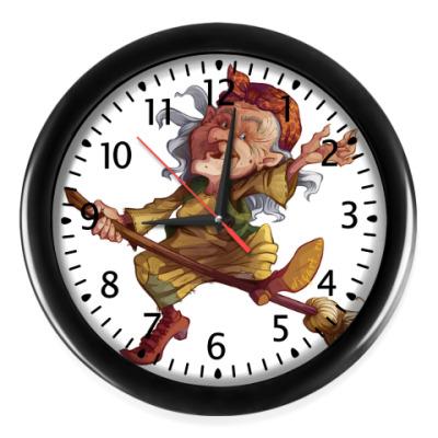 Настенные часы Баба-Яга