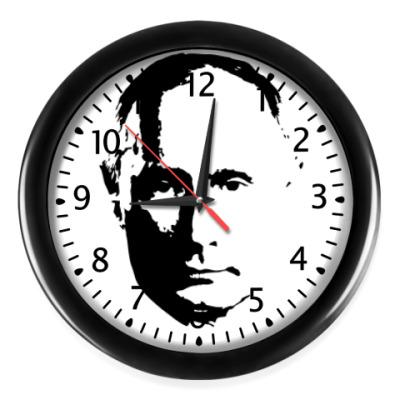 Настенные часы президент