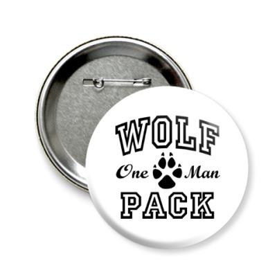 Значок 58мм One Man Wolfpack