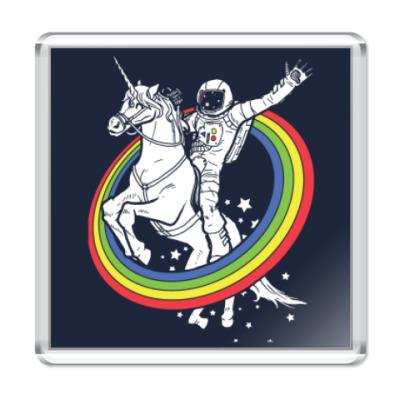 Магнит Космонавт на единороге