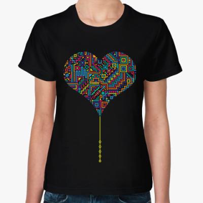 Женская футболка Электронное разноцветное сердце