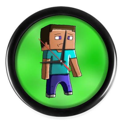 Настенные часы Minecraft Steve