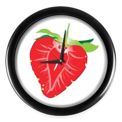 Настенные часы Клубника