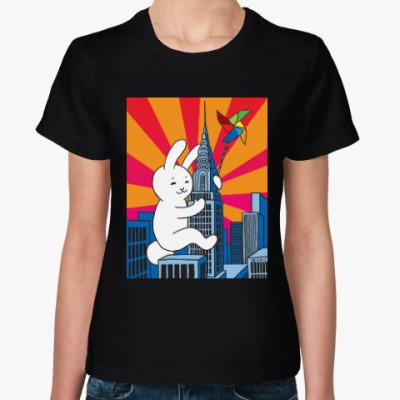 Женская футболка Rabbit on the tower