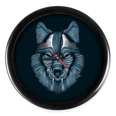 Настенные часы Волк