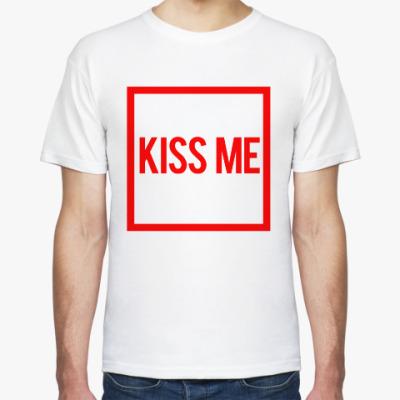 Футболка поцелуй меня