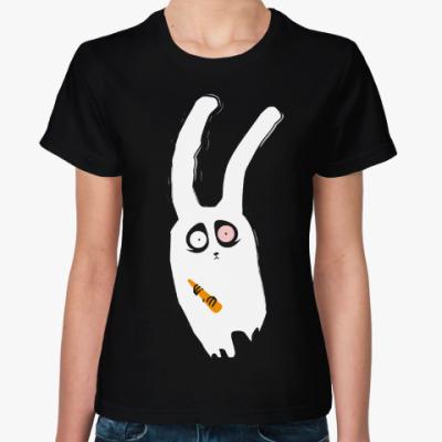 Женская футболка Кролик с морковкой