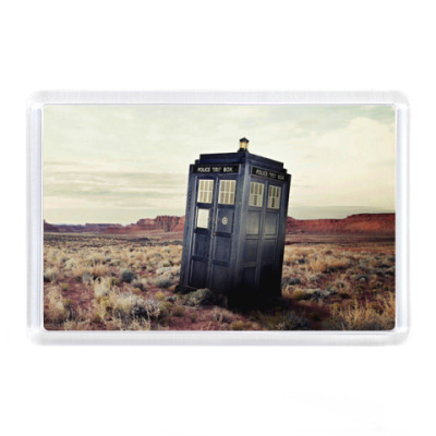 Магнит TARDIS In The Desert