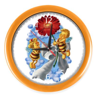 Настенные часы Пчёлки и цветок