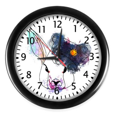 Настенные часы Кролик в фуражке