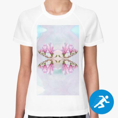 Женская спортивная футболка Магнолия
