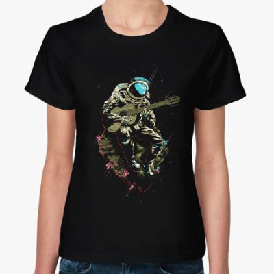 Женская футболка Космонавт с гитарой