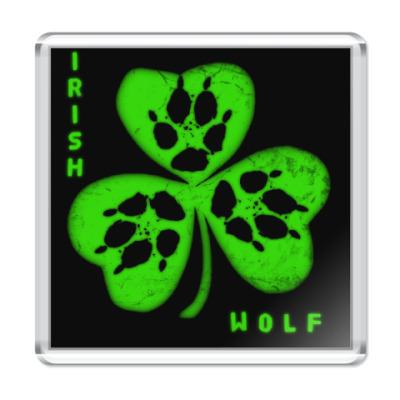 Wolf paw symbol