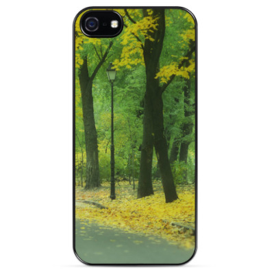 Чехол для iPhone Осень