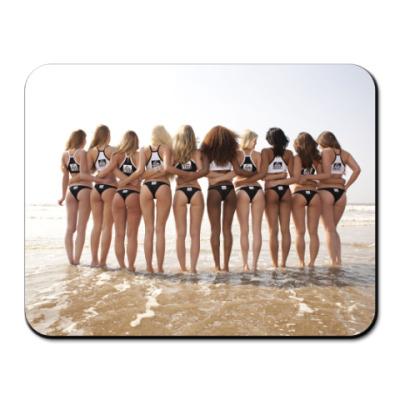 Коврик для мыши Девушки на пляже