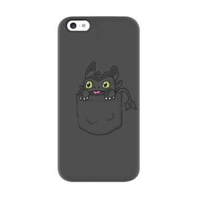 Чехол для iPhone 5c Ночная Фурия в кармане
