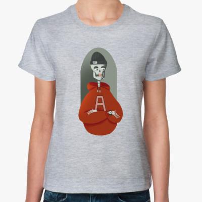 Женская футболка Скелет любит сладкое