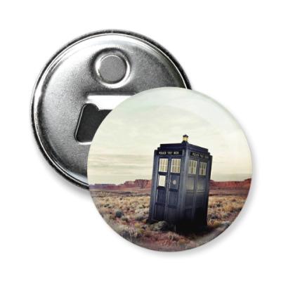 Магнит-открывашка TARDIS In The Desert