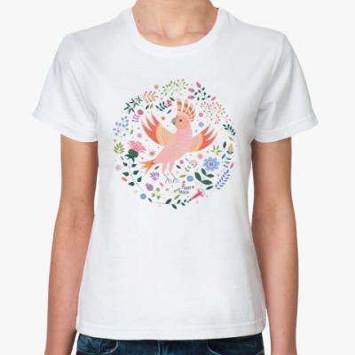 Классическая футболка Какаду среди цветов