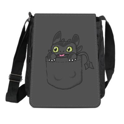 Сумка-планшет Ночная Фурия в кармане