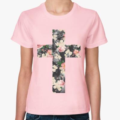 Женская футболка Каждый несёт свой крест
