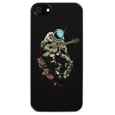 Чехол для iPhone Космонавт с гитарой